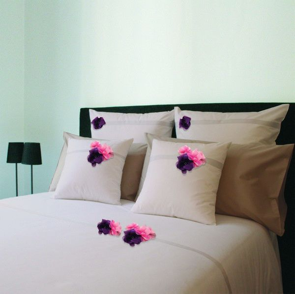 housse de couette percale botanique rose fleurs rose violet 260x240. Black Bedroom Furniture Sets. Home Design Ideas