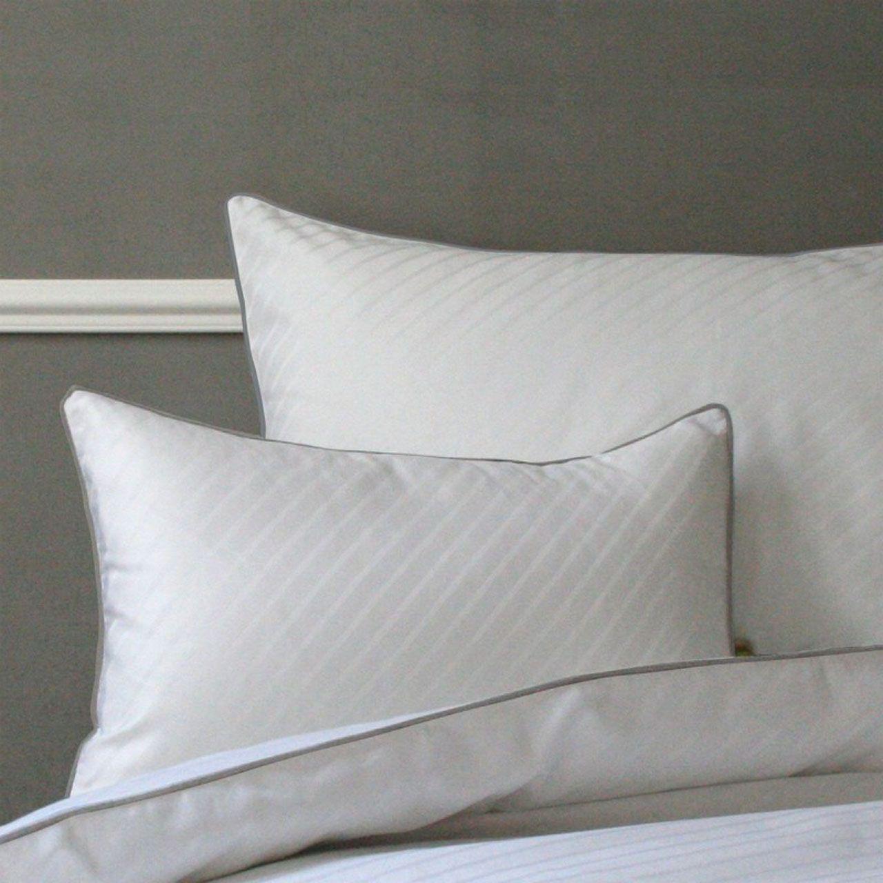 taie d 39 oreiller satin humphrey b blanc ruban gris 65x65 liou. Black Bedroom Furniture Sets. Home Design Ideas
