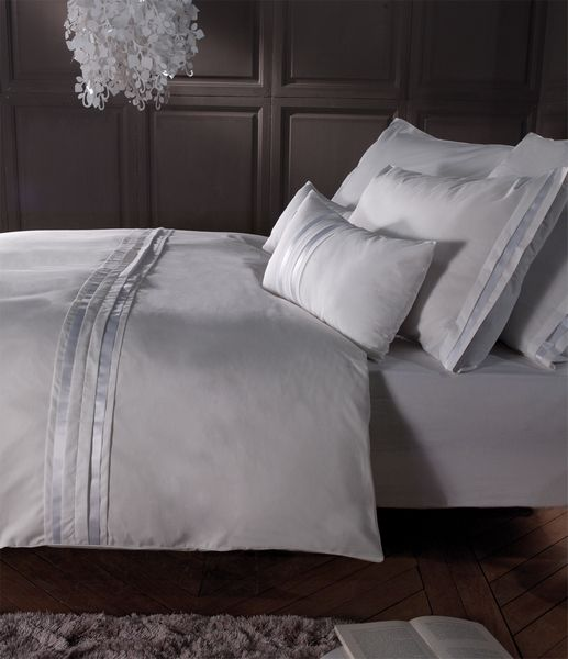 taie de coussin grace k blanc percale 30x50 d coration. Black Bedroom Furniture Sets. Home Design Ideas