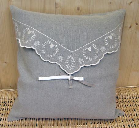 Housse de Coussin Coeur Lans gris lin   Décoration | decotaime.fr
