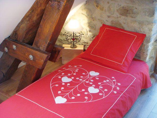 housse de couette arabesque rouge 140x200 linge de maison. Black Bedroom Furniture Sets. Home Design Ideas