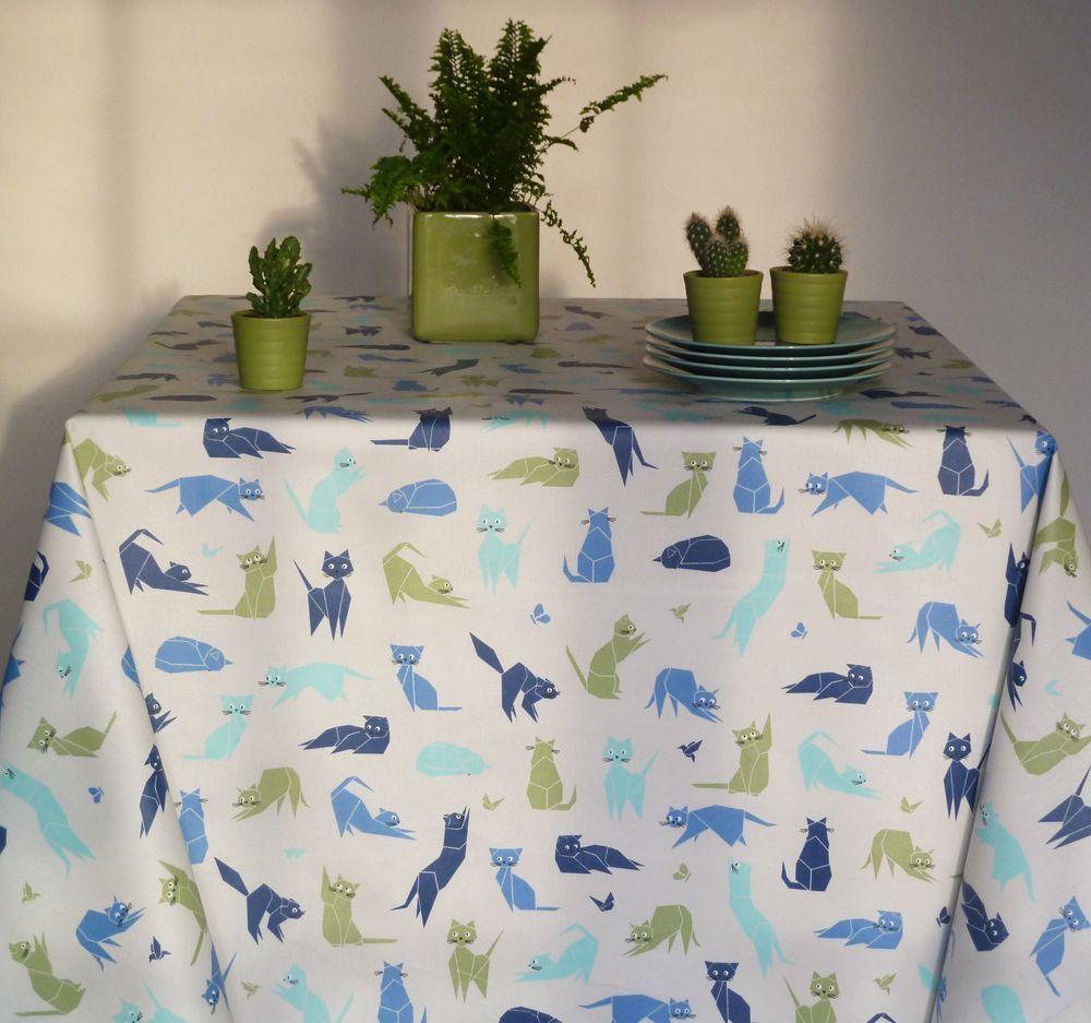 nappe chats bleu coton enduit carr e 160x160 fleur de soleil. Black Bedroom Furniture Sets. Home Design Ideas