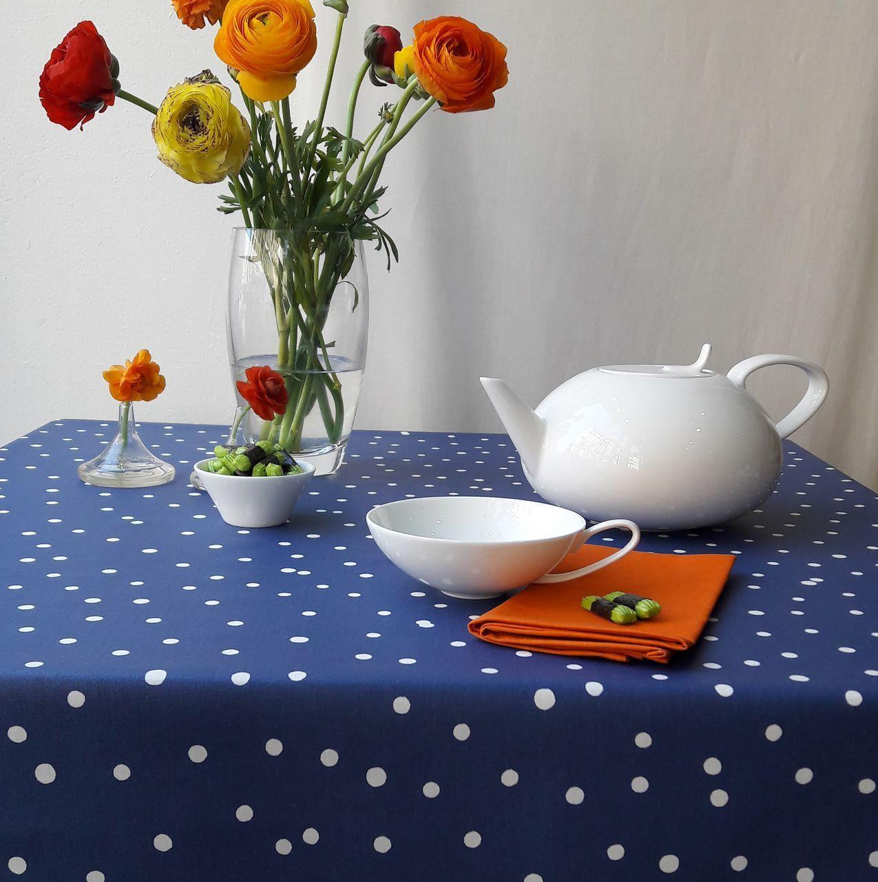 nappe confettis bleu marine coton enduit carr e 160x160. Black Bedroom Furniture Sets. Home Design Ideas