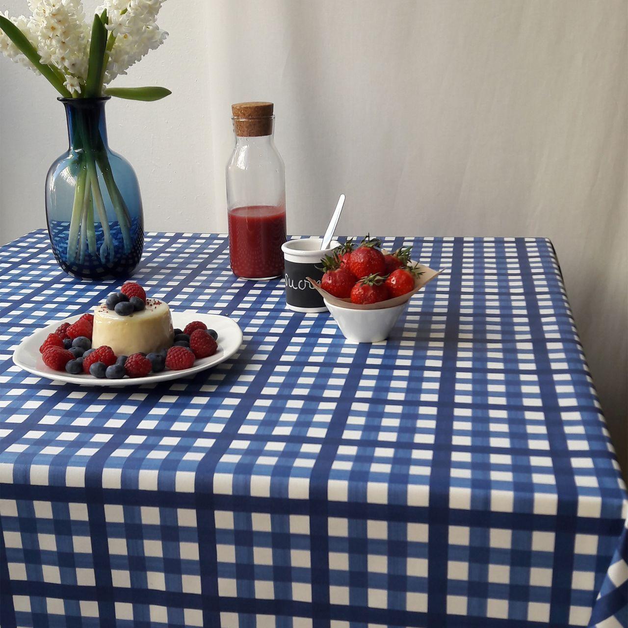 nappe guinguette bleu coton enduit carr e 160x160 fleur