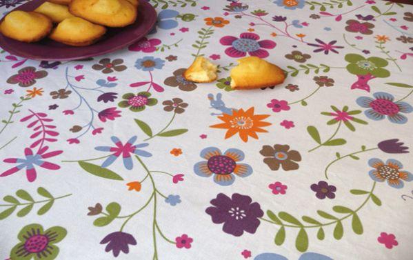 nappe coton enduit fleurs vertes 160x160 linge de maison. Black Bedroom Furniture Sets. Home Design Ideas