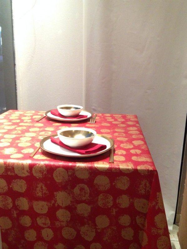 nappe coton enduit pastille or rouge 160x300 fleur de soleil. Black Bedroom Furniture Sets. Home Design Ideas