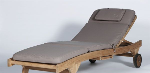 matelas bain de soleil taupe meubles de jardin. Black Bedroom Furniture Sets. Home Design Ideas