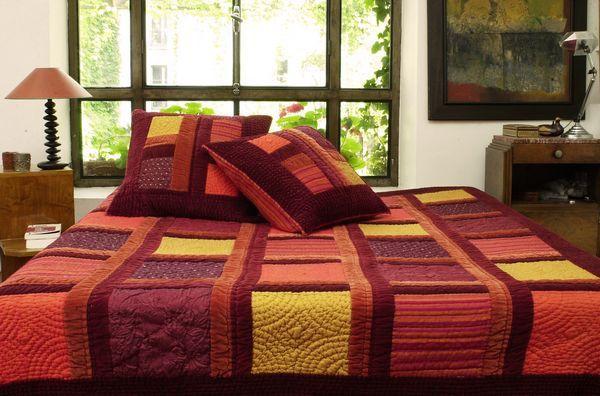 parure de lit boutis exotic rouge 240x260. Black Bedroom Furniture Sets. Home Design Ideas