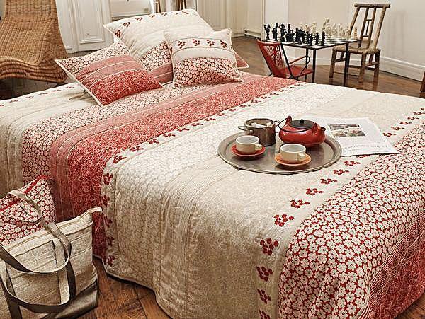 parure de lit boutis fuji 260x270. Black Bedroom Furniture Sets. Home Design Ideas