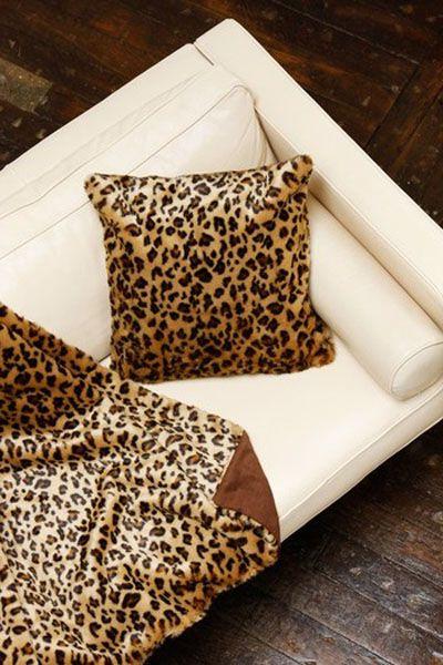 plaid fausse fourrure l opard 150x150 linge de maison. Black Bedroom Furniture Sets. Home Design Ideas