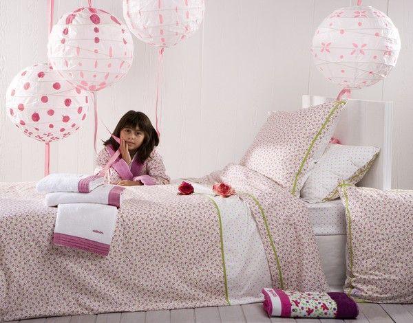 housse de couette paradis des papillons 140x200 catimini. Black Bedroom Furniture Sets. Home Design Ideas