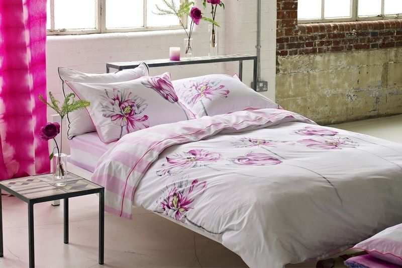 drap de lit satin de coton montsuki fuchsia 270x300 designers guild. Black Bedroom Furniture Sets. Home Design Ideas