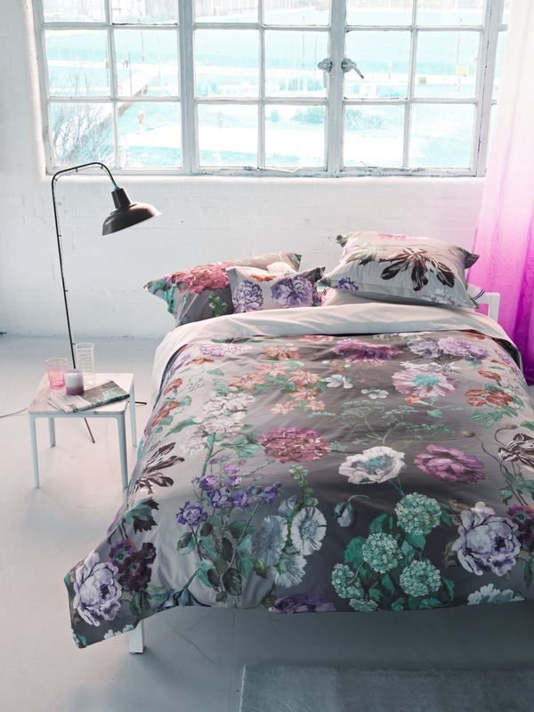 taie d 39 oreiller alexandria amethyst satin de coton 64x64 linge de maison. Black Bedroom Furniture Sets. Home Design Ideas