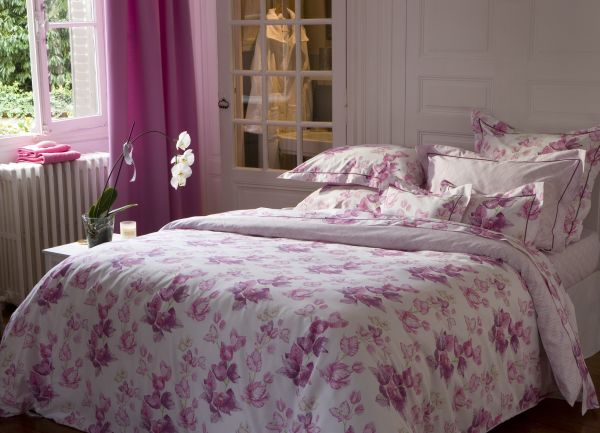 drap de lit satin de coton bougainvilliers 240x300 linge de maison. Black Bedroom Furniture Sets. Home Design Ideas