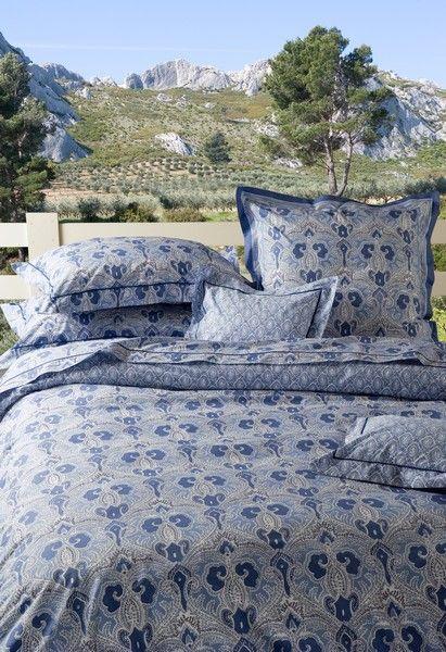 taie d 39 oreiller orient indigo 50x75 linge de maison. Black Bedroom Furniture Sets. Home Design Ideas