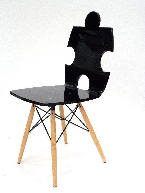 chaise acrylique puzzle pieds bois noire mobilier. Black Bedroom Furniture Sets. Home Design Ideas