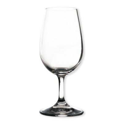 Contenance verre vin bar