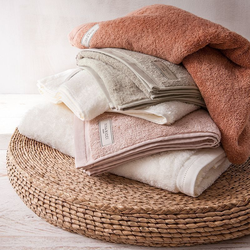 drap de douche uni ecume des jours nougat 70x140 linge de maison. Black Bedroom Furniture Sets. Home Design Ideas