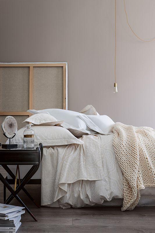 housse de couette jacquard all gorie ivoire 140x200. Black Bedroom Furniture Sets. Home Design Ideas