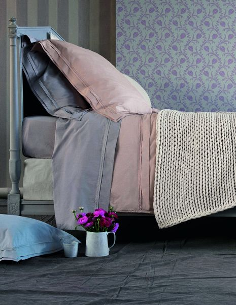 housse de couette percale point du jour perle 140x200 nina ricci maison. Black Bedroom Furniture Sets. Home Design Ideas