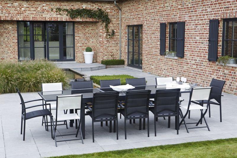 Awesome salon de jardin textilene noir photos amazing for Chaise salon noir