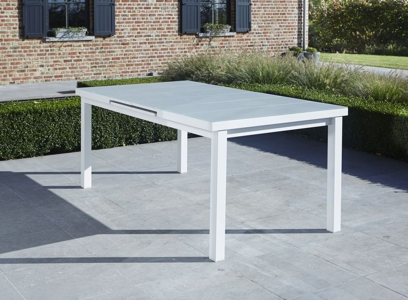 Table d 39 ext rieur whitestar blanc 6 8 places wilsa garden for Table exterieur 12 places