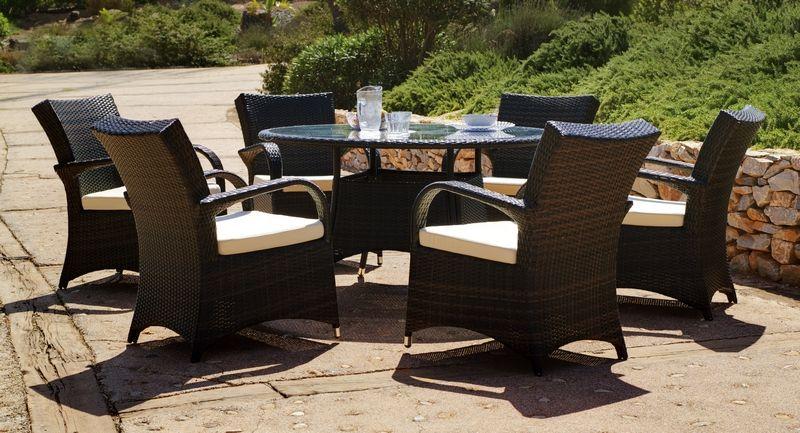 Ensemble r sine tress e gonore table ronde 6 fauteuils coussins cru - Table ronde resine tressee ...
