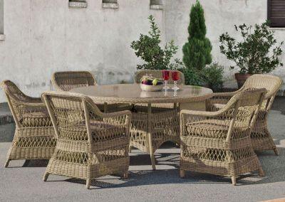 Salon de jardin table Hévéa Cisne résine tressée beige naturel 4 places