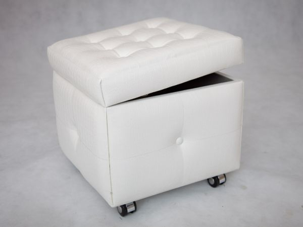 pouf de rangement so skin aspect croco blanc so skin. Black Bedroom Furniture Sets. Home Design Ideas