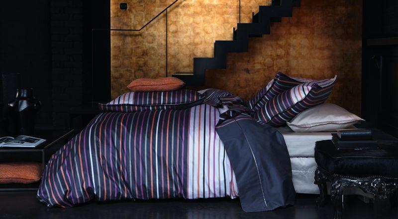 drap de lit satin de coton vivienne caviar 270x300 alexandre turpault. Black Bedroom Furniture Sets. Home Design Ideas