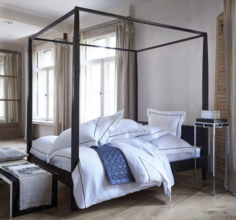 taie d 39 oreiller alma blanc marine 50x75 linge de maison. Black Bedroom Furniture Sets. Home Design Ideas