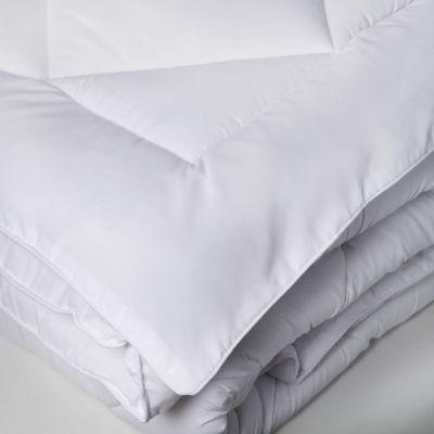 couette t microfibre toucher peau de p che tendresse 200x200 linge de maison. Black Bedroom Furniture Sets. Home Design Ideas