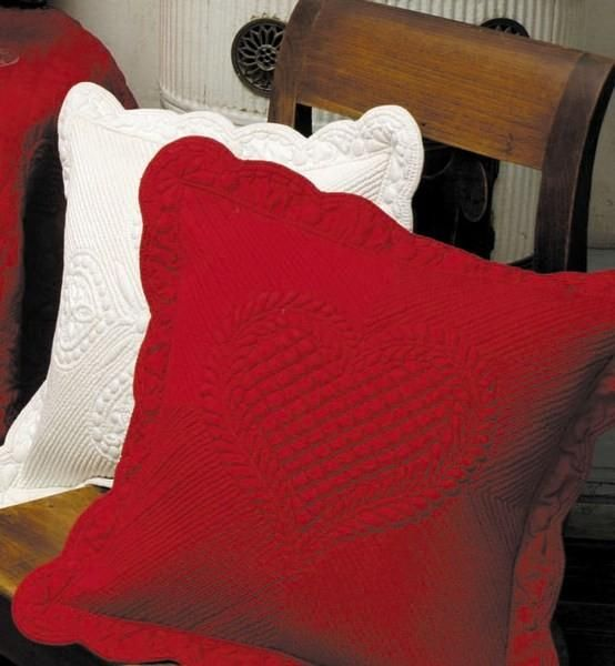 Housse de coussin boutis rouge for Housse coussin rouge