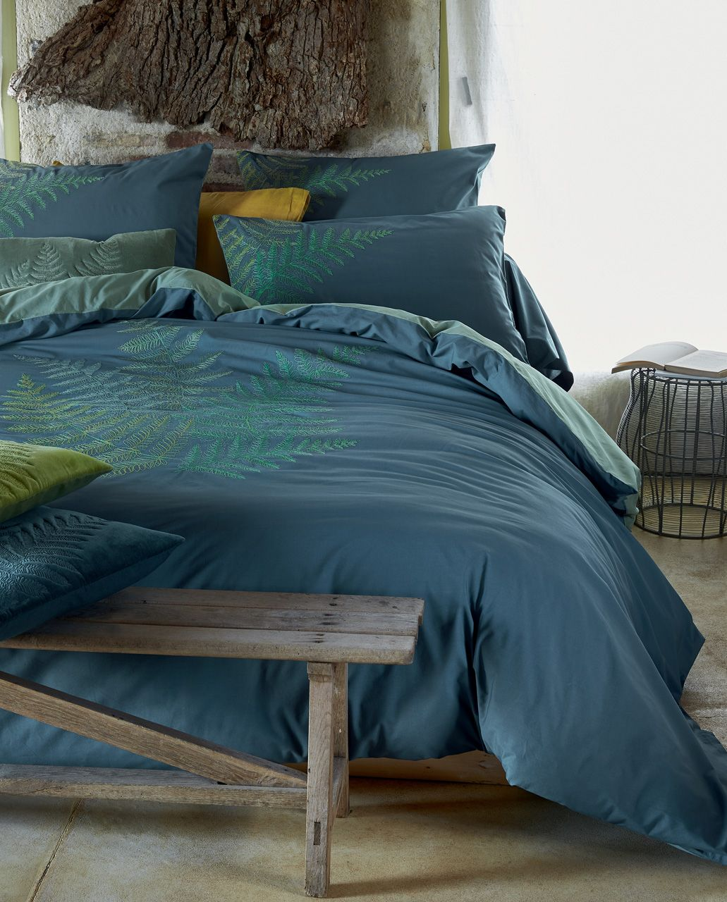 housse de couette ecrin broderies foug res v g tal bleu percale 160x210. Black Bedroom Furniture Sets. Home Design Ideas