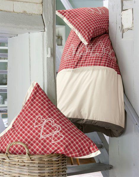 taie d 39 oreiller agla 65x65 sylvie thiriez. Black Bedroom Furniture Sets. Home Design Ideas
