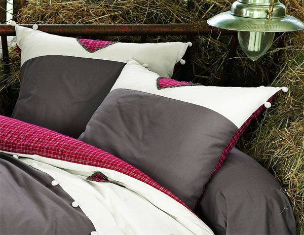 taie d 39 oreiller honorine 65x65 linge de maison. Black Bedroom Furniture Sets. Home Design Ideas