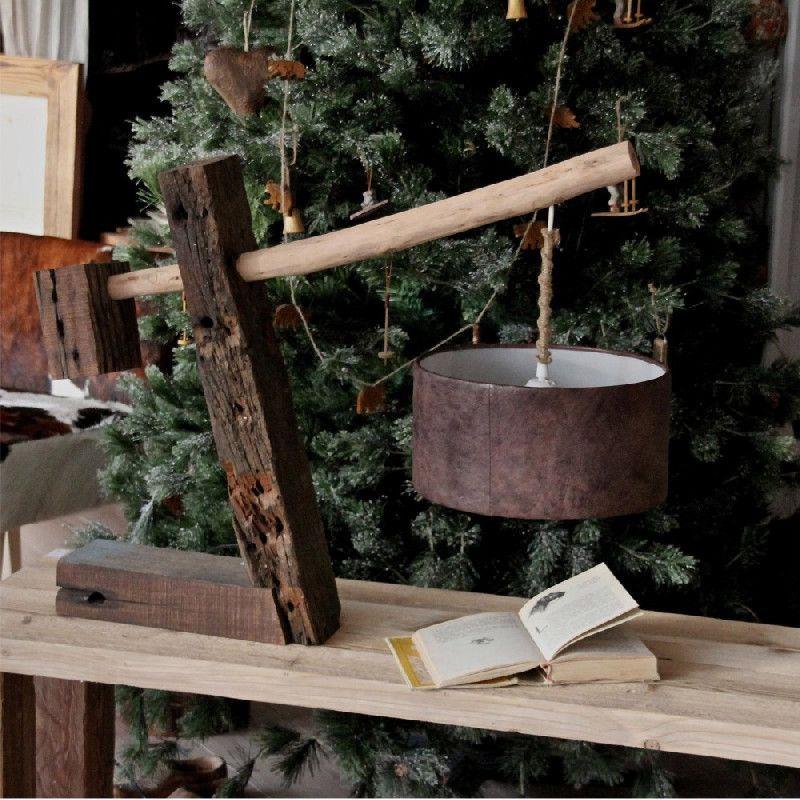 lampe de table bois reconstitu rustique les sculpteurs. Black Bedroom Furniture Sets. Home Design Ideas