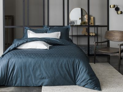 drap housse satin de coton diamond bleu 140x190 linge de maison. Black Bedroom Furniture Sets. Home Design Ideas