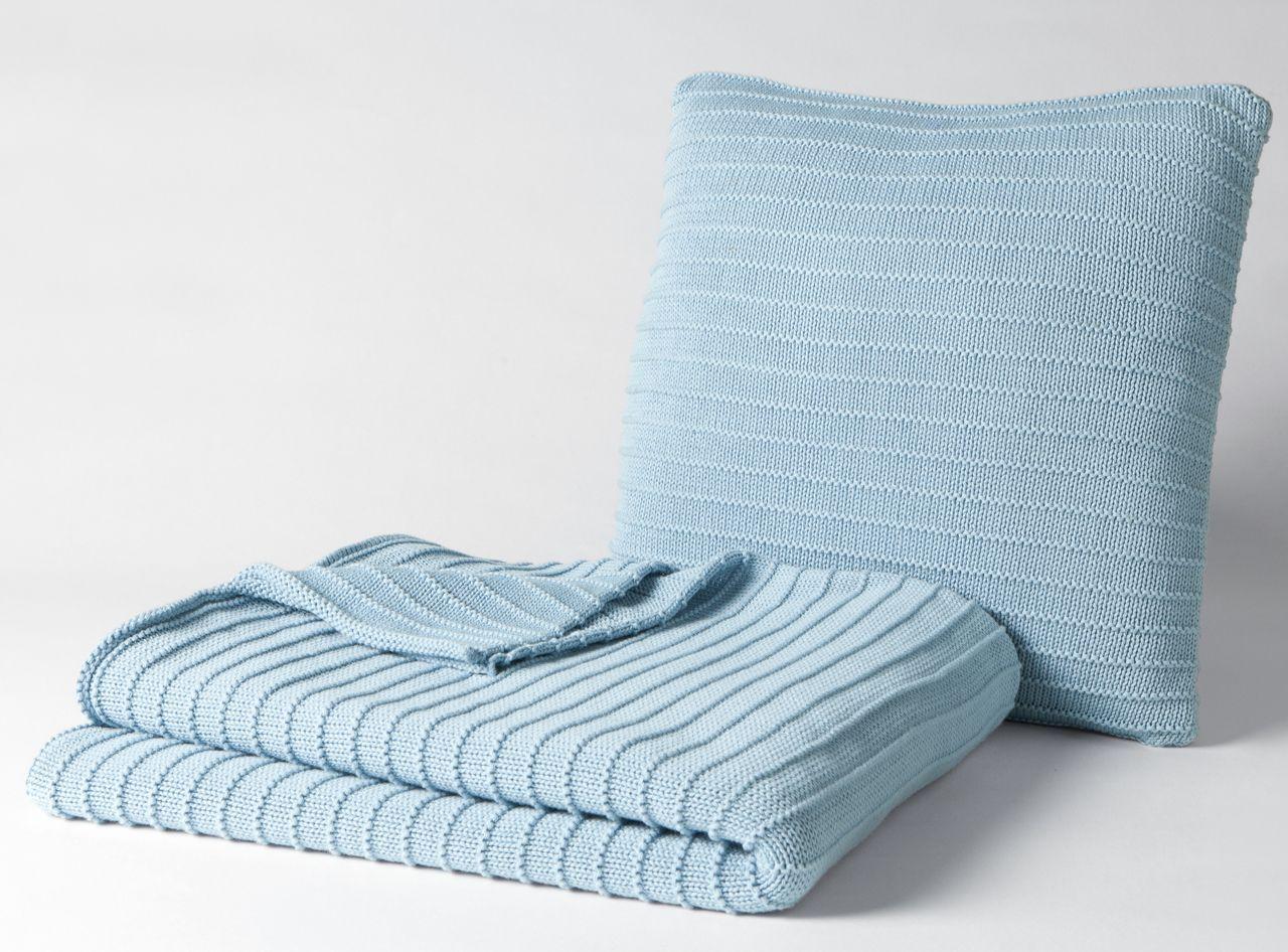 jet de lit soft bleu coton 130x170. Black Bedroom Furniture Sets. Home Design Ideas