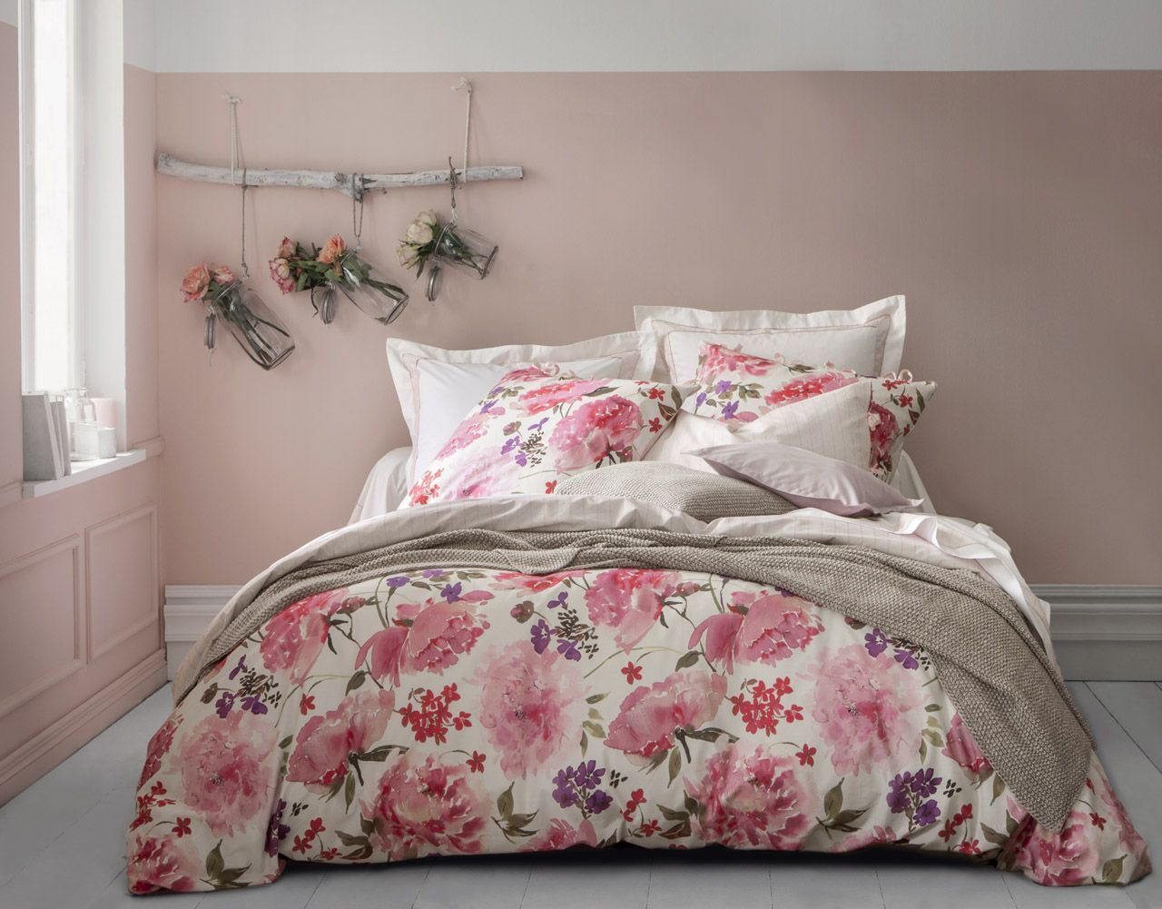 taie d 39 oreiller uni pivoines rose percale 65x65. Black Bedroom Furniture Sets. Home Design Ideas