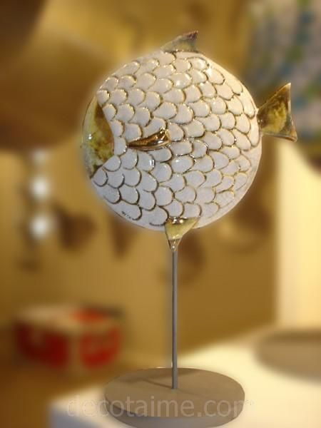 Bibelot poisson ecaille blanc mm for Bibelot de decoration
