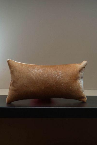 Coussin peau de vache rectangulaire marron 40x20   Décoration