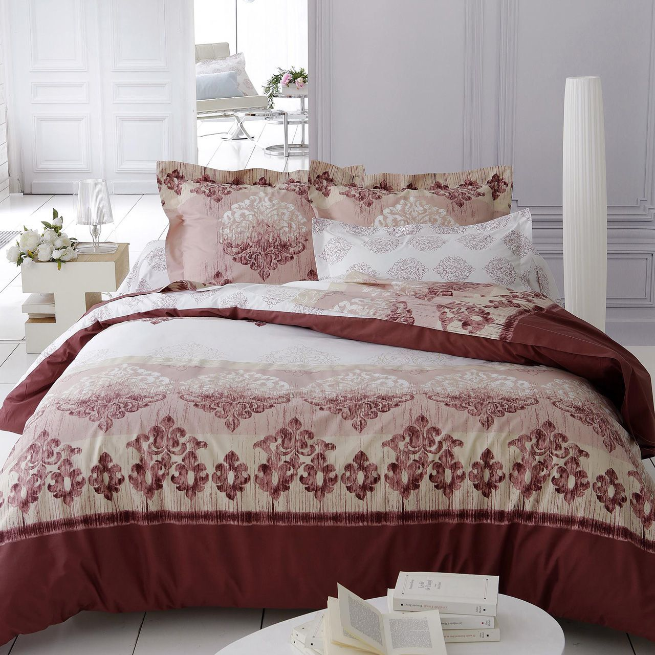 drap housse v rone marsala blanc motifs baroques percale 200x200. Black Bedroom Furniture Sets. Home Design Ideas