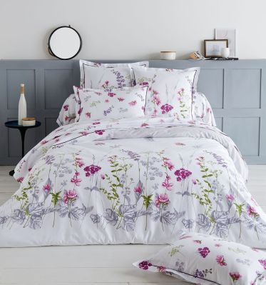 drap plat pretty imprim floral fond blanc 180x290 linge de maison. Black Bedroom Furniture Sets. Home Design Ideas