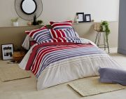 Drap plat Stripe Pacific rayures rouges bleues beiges 180x290 - Tradilinge