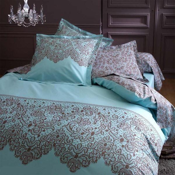 couette pas cher 240x220 uac housse de couette x voiture. Black Bedroom Furniture Sets. Home Design Ideas