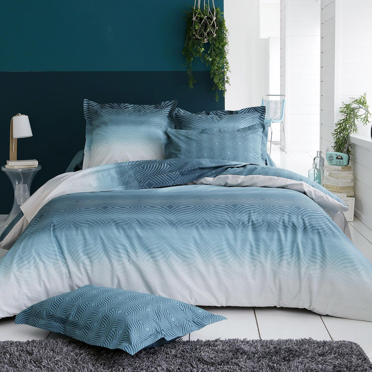 housse de couette james motifs g om triques d grad bleu percale 140x200. Black Bedroom Furniture Sets. Home Design Ideas