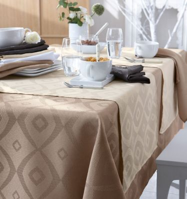 nappe brunch taupe polyester 150x200 linge de maison. Black Bedroom Furniture Sets. Home Design Ideas