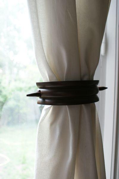 embrasse de rideau centrale bois ondule chocolat d coration. Black Bedroom Furniture Sets. Home Design Ideas
